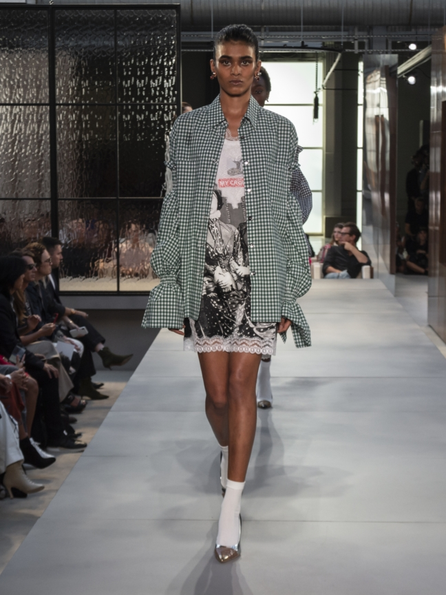 burberry-spring_summer-2019-collection-look-76