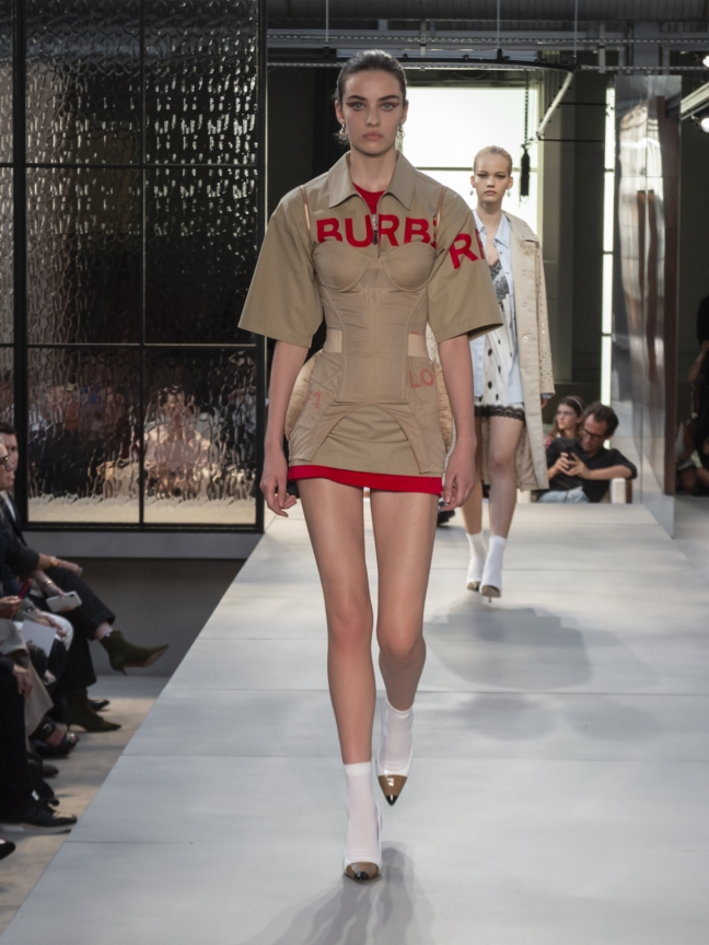 burberry-spring_summer-2019-collection-look-84