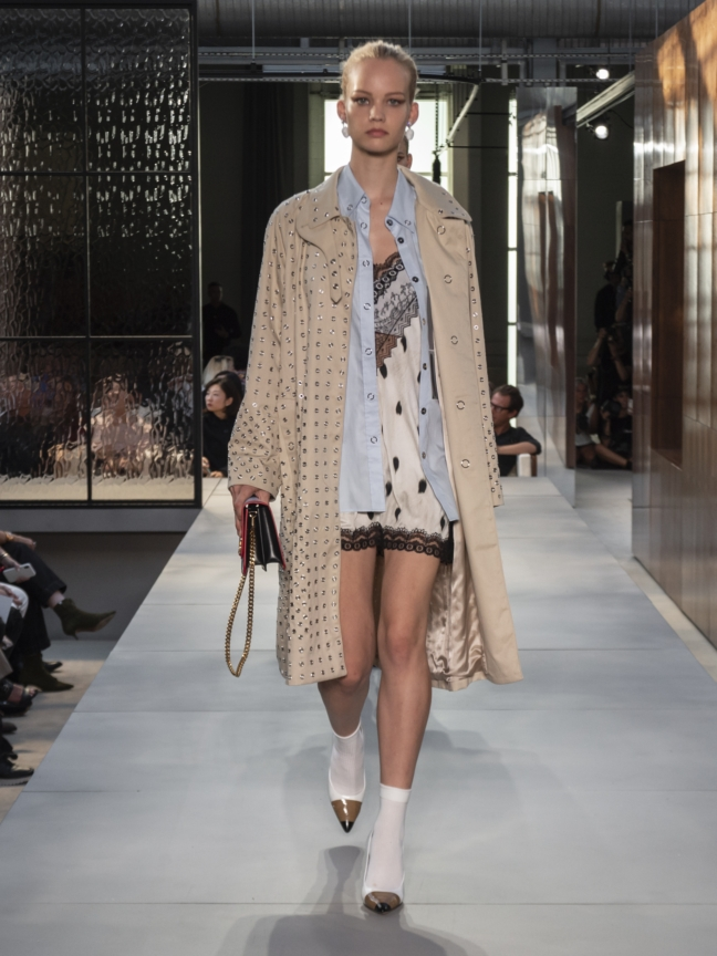 burberry-spring_summer-2019-collection-look-85