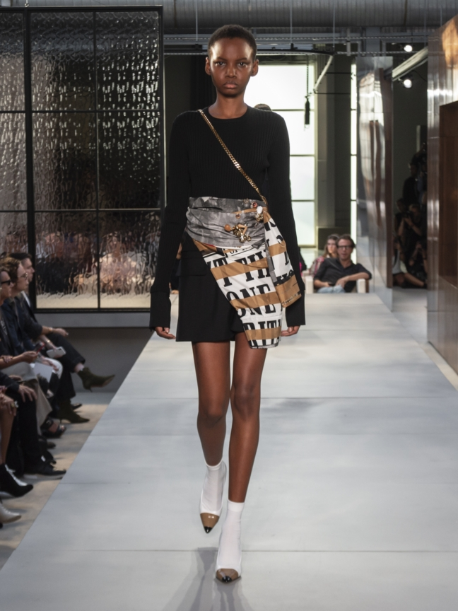 burberry-spring_summer-2019-collection-look-90