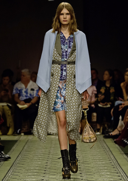 burberry-september-2016-collection-look-39