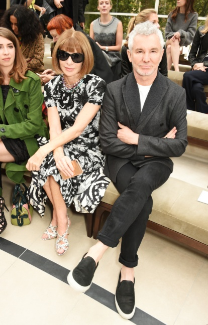 anna-wintour-and-baz-luhrmann-on-the-front-row-at-the-burberry-womenswear-s_s16-show
