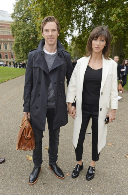 benedict-cumberbatch-and-sophie-hunter-wearing-burberry-to-the-burberry-womenswear-s_s16-show