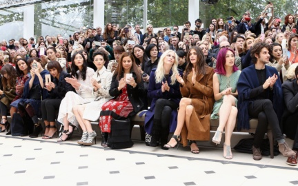 burberry_front_row_002