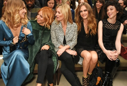 front-row-at-the-burberry-womenswear-s_s16-sho_006