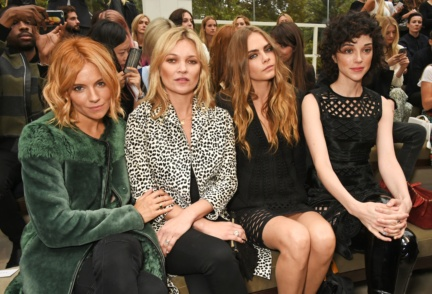 front-row-at-the-burberry-womenswear-s_s16-sho_007