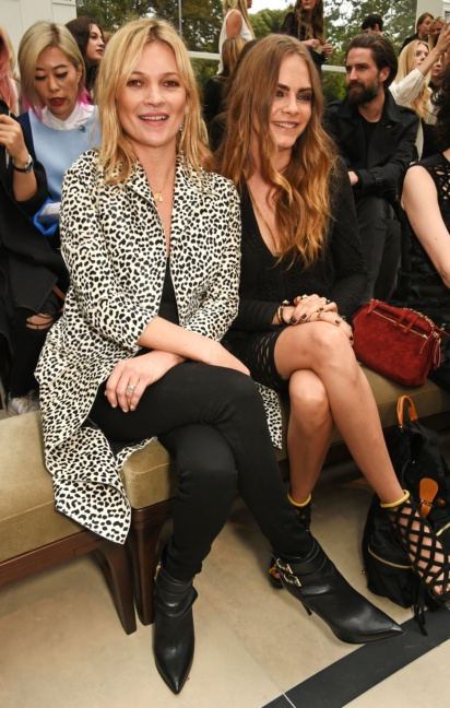front-row-at-the-burberry-womenswear-s_s16-sho_008