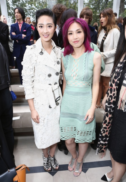 guey-lun-mei-and-miriam-yeung-wearing-burberry-at-the-burberry-womenswear-s_s16-show
