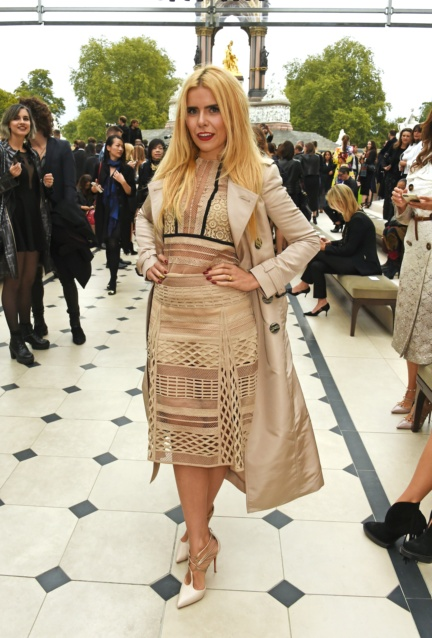 paloma-faith-wearing-burberry-at-the-burberry-womenswear-s_s16-sho_001