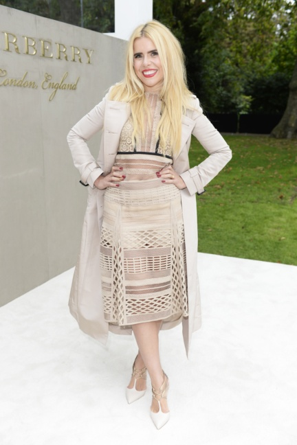 paloma-faith-wearing-burberry-to-the-burberry-womenswear-s_s16-show
