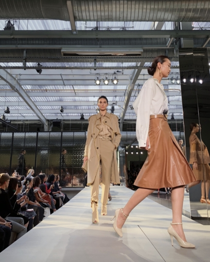burberry-spring_summer-2019-show-finale_002