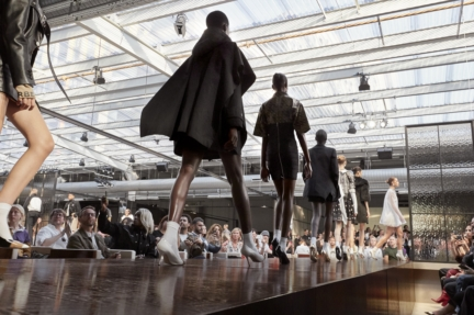 burberry-spring_summer-2019-show-finale_003