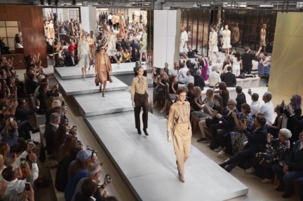 burberry-spring_summer-2019-show-finale_004