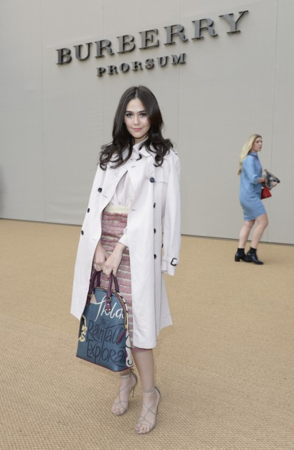 araya-a-hargate-at-the-burberry-prorsum-spring_summer-2015-show