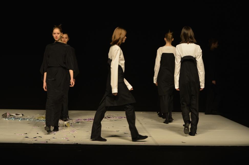 chalayan-london-fashion-week-autumn-winter-17-1