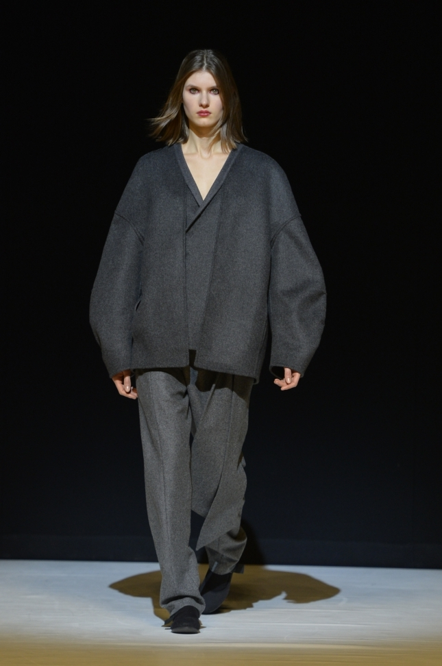 chalayan-london-fashion-week-autumn-winter-17-11