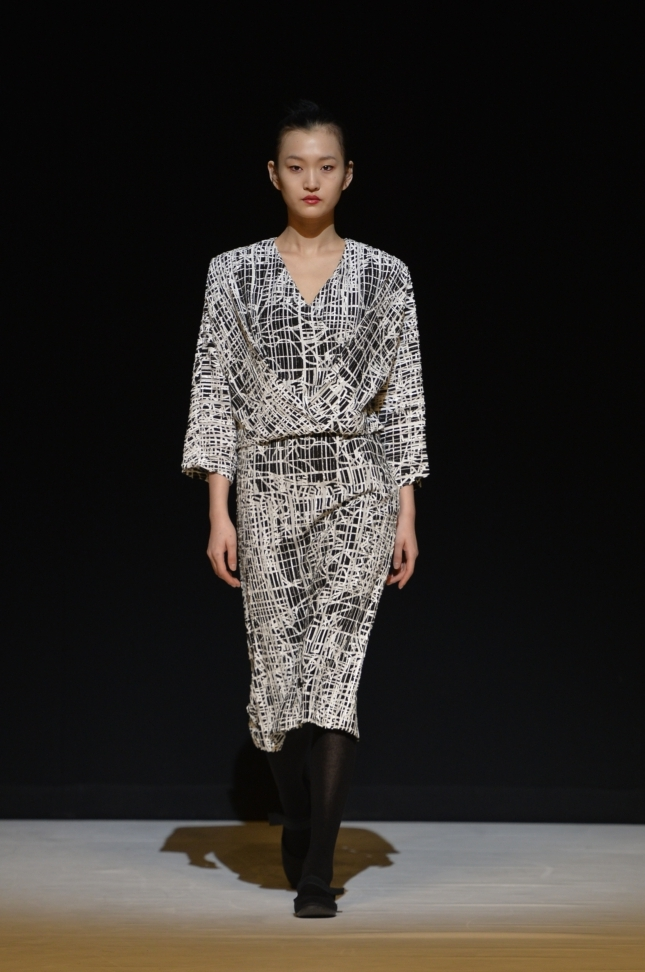 chalayan-london-fashion-week-autumn-winter-17-33