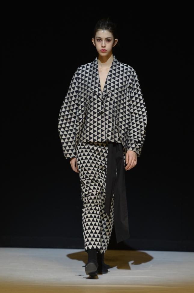chalayan-london-fashion-week-autumn-winter-17-38
