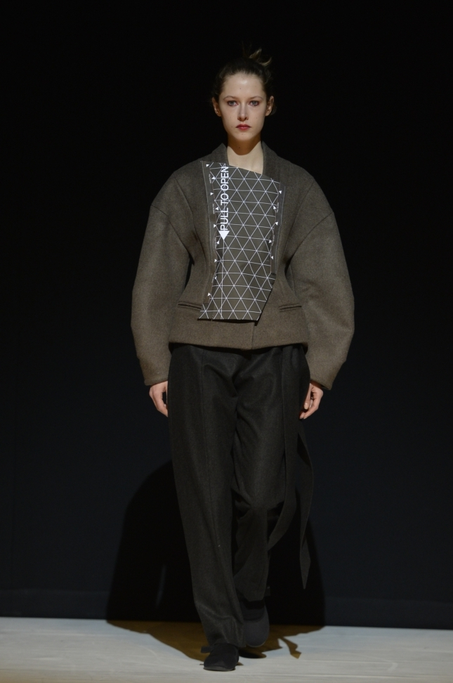 chalayan-london-fashion-week-autumn-winter-17-39