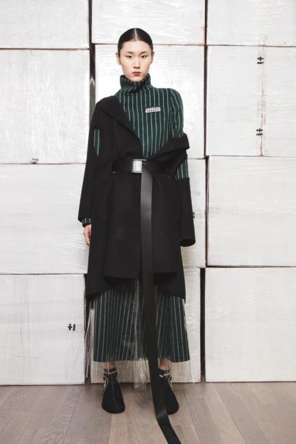 haizhen-wang-london-fashion-week-autumn-winter-17-12
