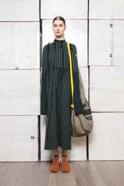 haizhen-wang-london-fashion-week-autumn-winter-17-13