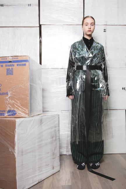 haizhen-wang-london-fashion-week-autumn-winter-17-14