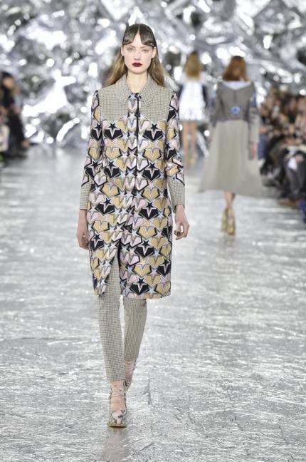 mary-kantrantzou-london-fashion-week-aw-16-runway-11