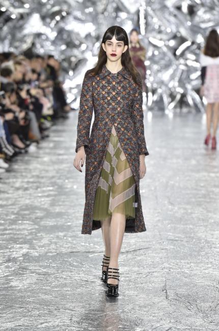 mary-kantrantzou-london-fashion-week-aw-16-runway-12