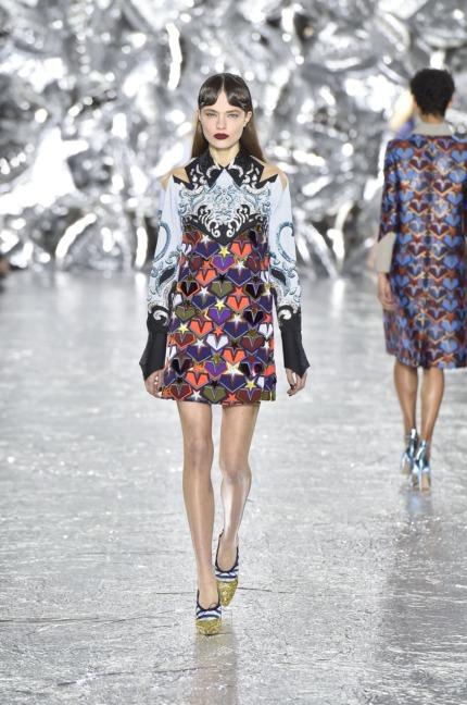 mary-kantrantzou-london-fashion-week-aw-16-runway-22