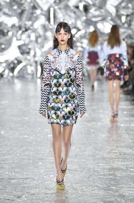 mary-kantrantzou-london-fashion-week-aw-16-runway-24