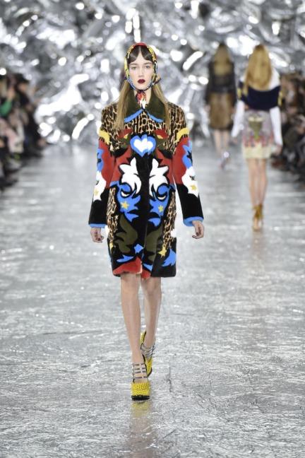 mary-kantrantzou-london-fashion-week-aw-16-runway-29