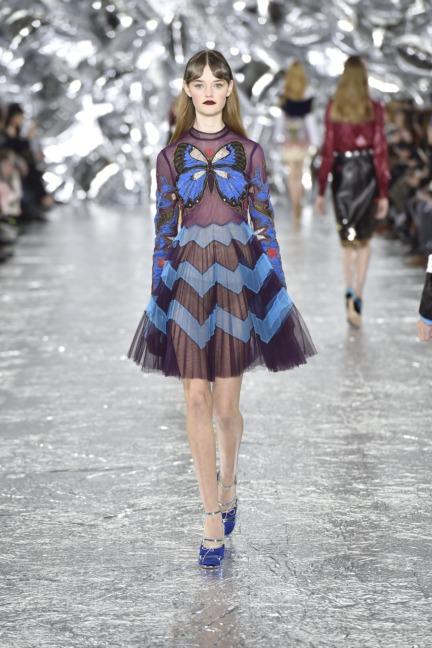 mary-kantrantzou-london-fashion-week-aw-16-runway-30