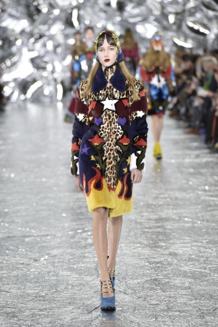 mary-kantrantzou-london-fashion-week-aw-16-runway-31