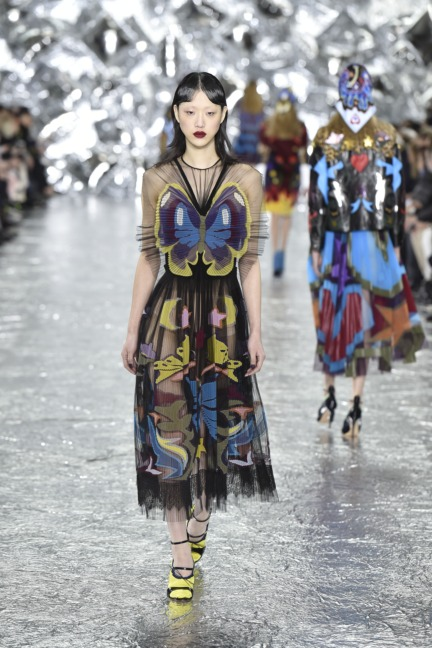 mary-kantrantzou-london-fashion-week-aw-16-runway-33