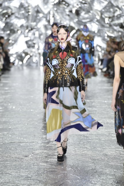 mary-kantrantzou-london-fashion-week-aw-16-runway-34