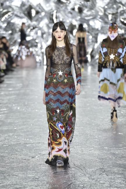 mary-kantrantzou-london-fashion-week-aw-16-runway-36