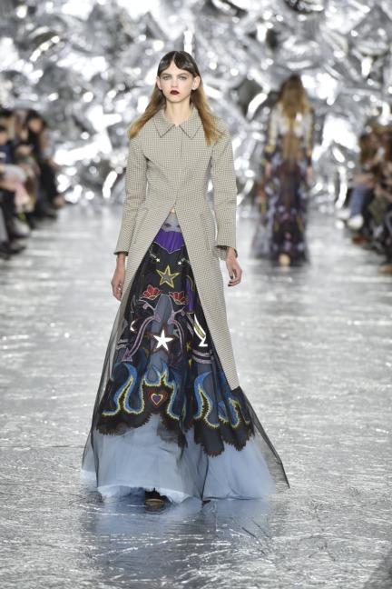 mary-kantrantzou-london-fashion-week-aw-16-runway-39