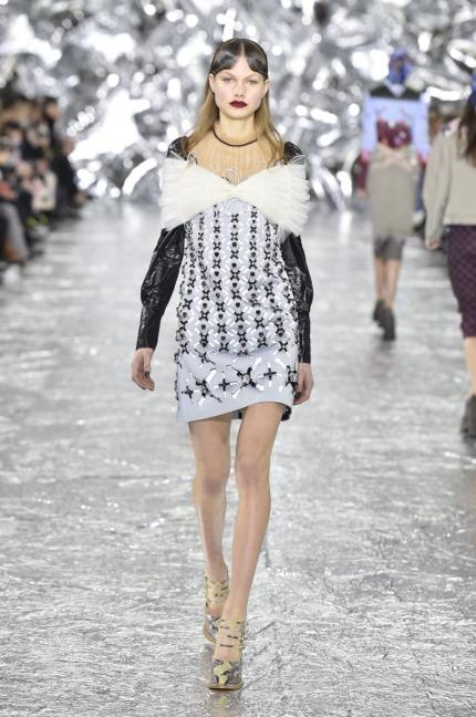 mary-kantrantzou-london-fashion-week-aw-16-runway-8