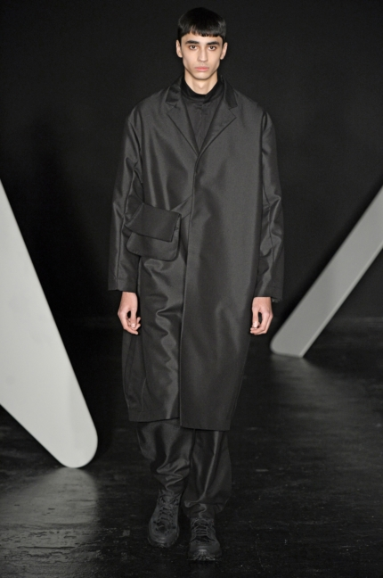kiko-kostadinov-lodon-fashion-week-men-aw-17-16