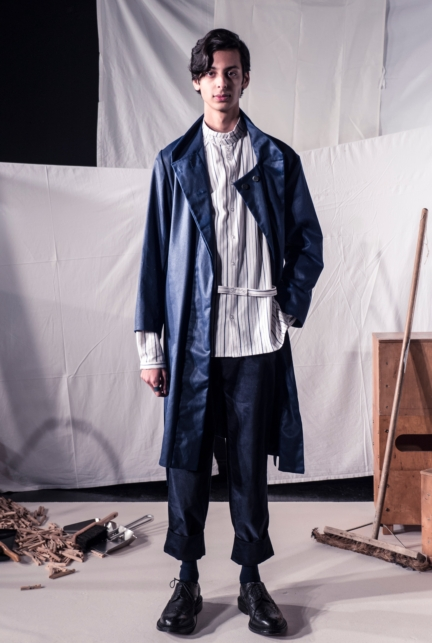 phoebe-english-man-aw17-look-2-photo-by-neil-mason