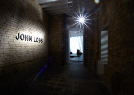 john-lobb-aw17-70