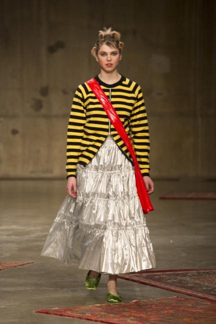 molly-goddard-london-fashion-week-autumn-winter-17-10