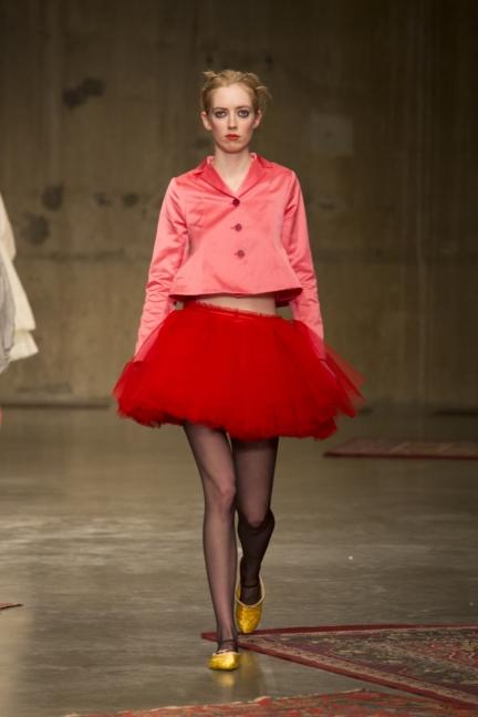 molly-goddard-london-fashion-week-autumn-winter-17-7