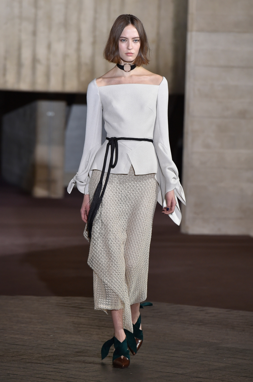 roland-mouret-london-fashion-week-autumn-winter-17-23