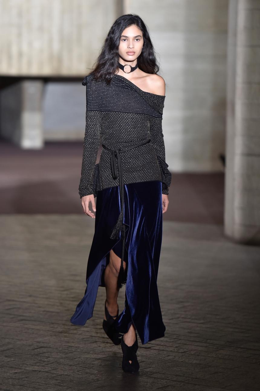 roland-mouret-london-fashion-week-autumn-winter-17-33