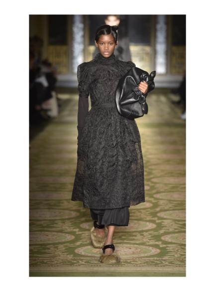 simone-rocha-london-fashion-week-autumn-winter-17-10