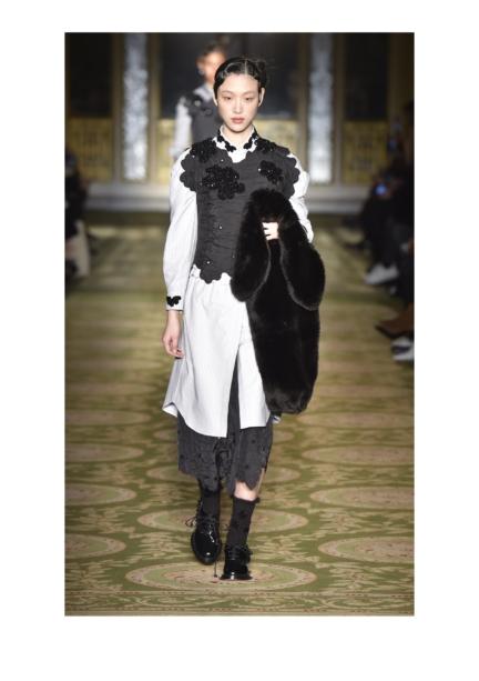 simone-rocha-london-fashion-week-autumn-winter-17-12