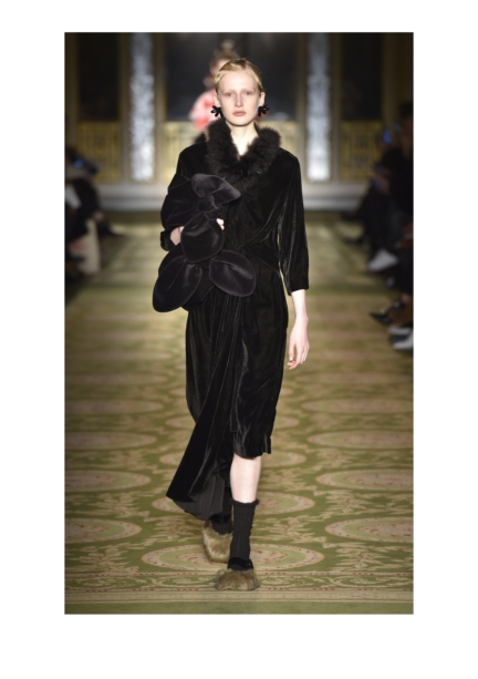 simone-rocha-london-fashion-week-autumn-winter-17-21