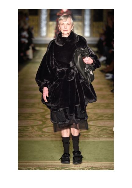 simone-rocha-london-fashion-week-autumn-winter-17-31