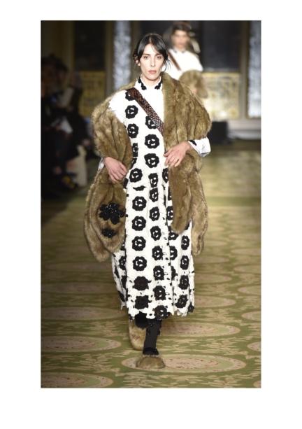 simone-rocha-london-fashion-week-autumn-winter-17-40